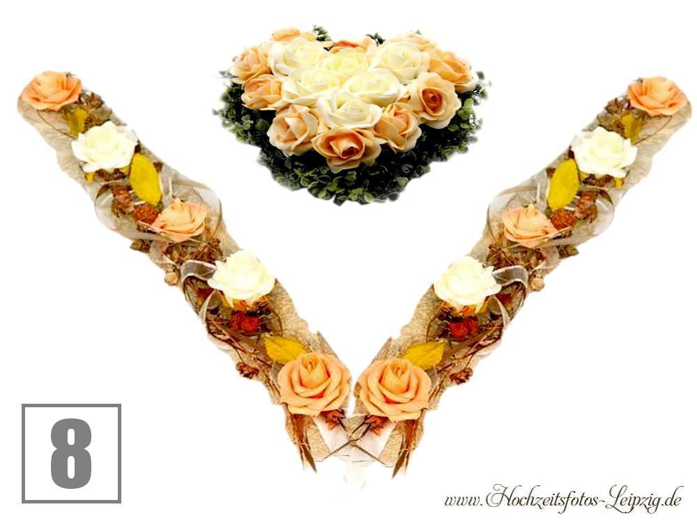 Hochzeitsauto Blumendekoration Girlande Creme Apricot